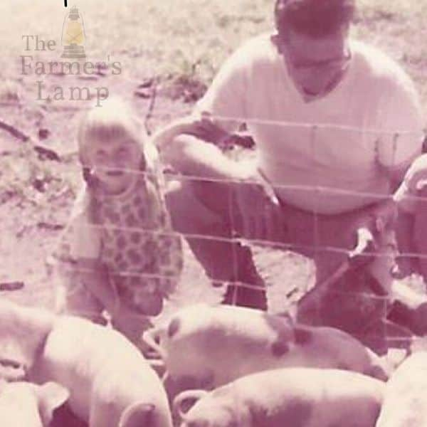 my Papa and me feeding his pigs what do pigs eat
